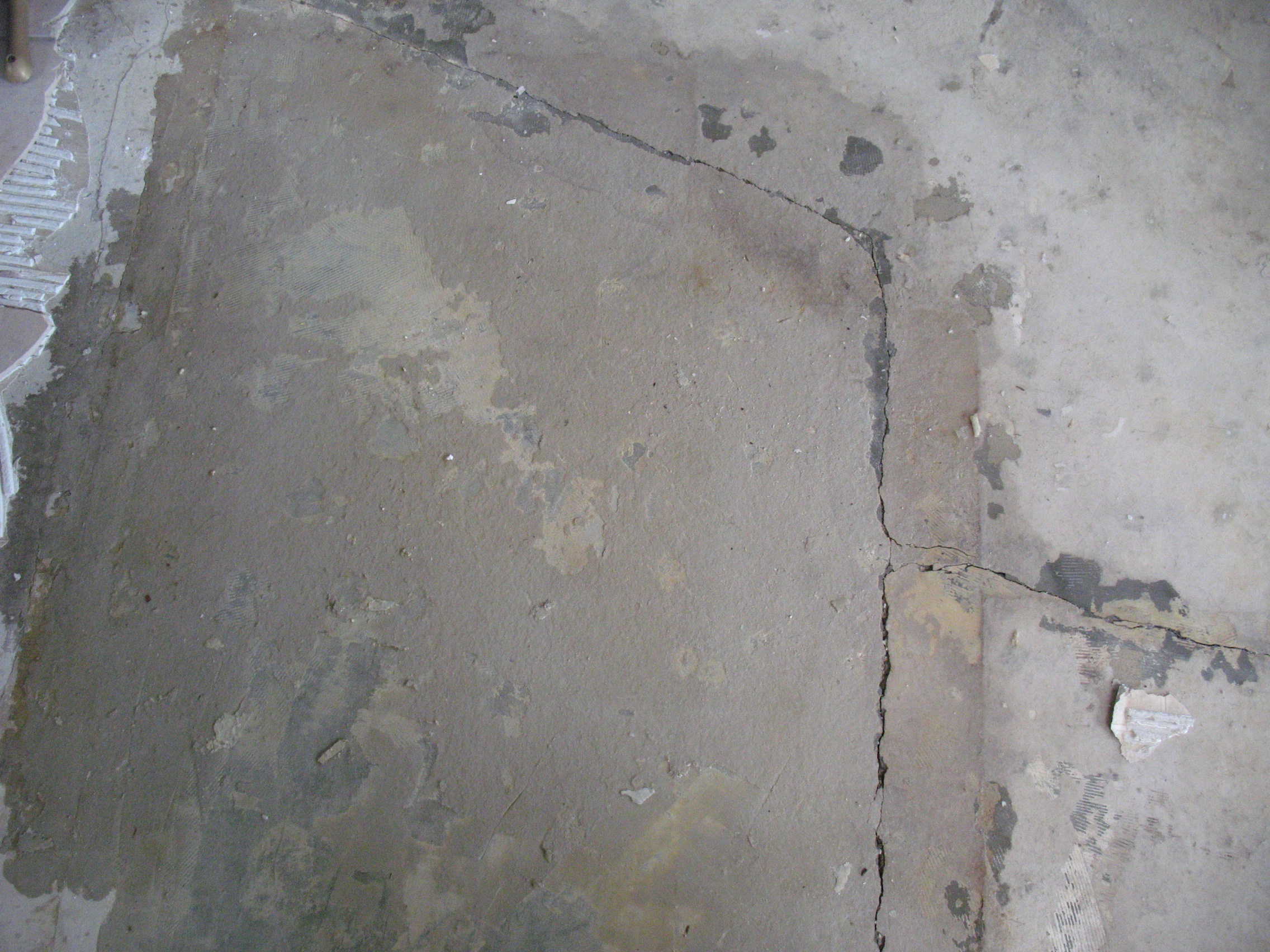 Concrete Bathroom Floor Removal : Mold on concrete under flooring